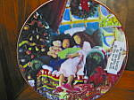 Click here to enlarge image and see more about item cp8l: Christmas Dreams Avon Christmas Plate