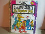 Click here to enlarge image and see more about item vlgbss2e: Little GoldenBook  Sesame Street The Together Book