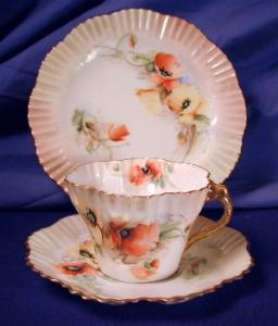 Scottish Belleek Nautilus Hexagon trio #1 (Image1)