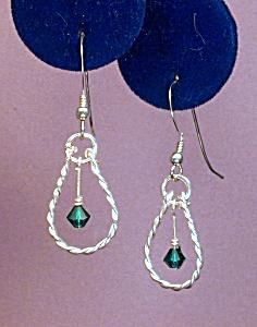 Swarovski Emerald & Twisted SS earrings (Image1)