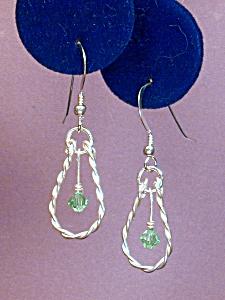 Swarovski Peridot & Twisted SS earrings (Image1)