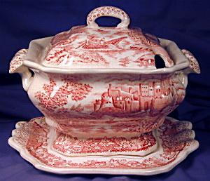 Small red transfer tureen with lid & tray (Image1)