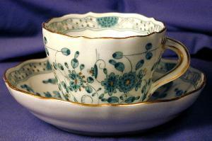 Meissen demi-tasse cup & saucer (Image1)
