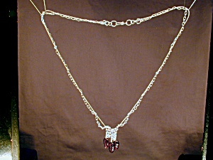 Sterling Silver & Garnet Leaf necklace (Image1)