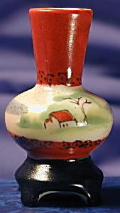 Occupied Japan H. Kato mini hand painted vase (Image1)