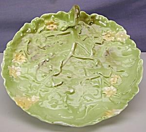 """Royal Bayreuth 7"""" Lettuce Leaf handled plate (Image1)"""