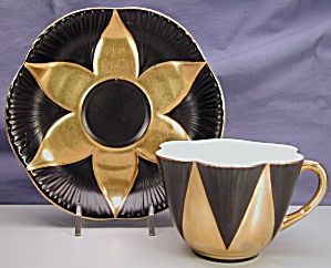 Shelley Dainty cup & saucer in Black & Gold (Image1)