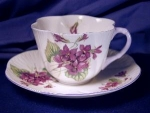 Click to view larger image of Shelley Dainty Violets cup & saucer (Image1)