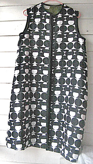 "1960-1969 Womens Vintage ""Pop Art"" Sleeveless Coat (Image1)"