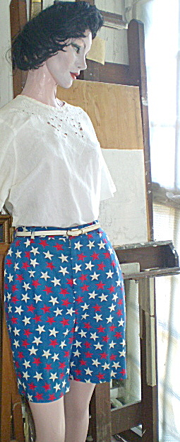 Vintage Bermuda Shorts-Red White & Blue w/Stars (Image1)