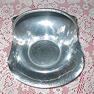 Revere Fruitbowl Aluminum Centerpiece Basket (Image1)