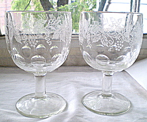 Vintage 1950s Clear Glass Wine Goblets (Image1)