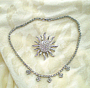 Vintage 1950s Rhinestone Necklace and Brooch (Image1)