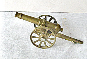 Vintage 1970 Miniature Brass Cannon (Image1)
