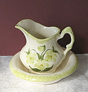 Vintage Cash Family Miniature Pitcher/Washbowl Set  (Image1)