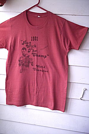 Larry Holmes 1981 Mens T-shirt Run With The Champ