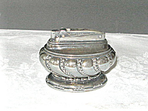 Vintage 1936-49 Ronson Silverplate Crown Table Lighter  (Image1)
