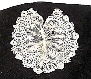 Lace Jabot 1860-1875 Ladies Handmade (Image1)