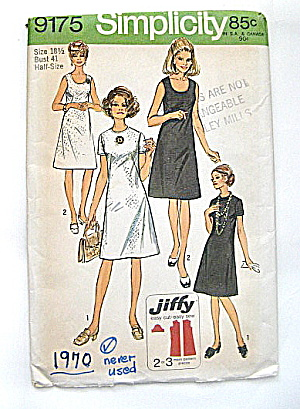 Vintage Simplicity Half-size Dress Pattern