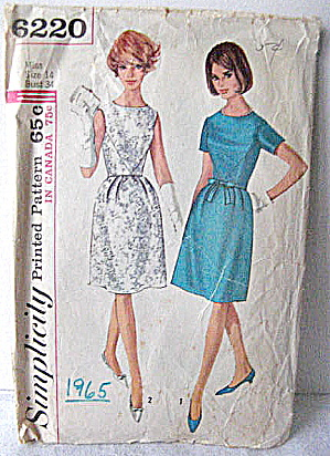 Vintage 1965 Simplicity 2 style Dress Pattern  (Image1)