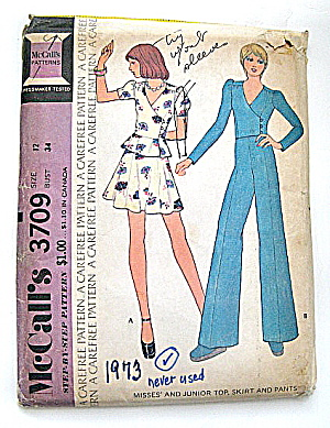Vintage Mccall Ladies Mini And Bellbottom Pattern