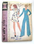 Click to view larger image of Vintage McCall Ladies Mini and Bellbottom Pattern (Image1)