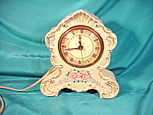 UNMARKED HAND PAINTED CLOCK (Image1)