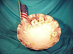 "RS PRUSSIA  10"" HEART MOLD TIFFANY BOWL (Image1)"