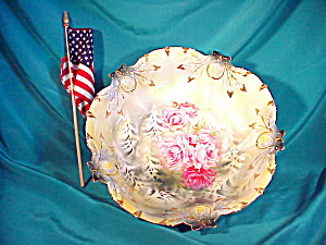 RS PRUSSIA ACORN MOLD B IN B W/PINK ROSES (Image1)