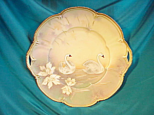 RS PRUSSIA(RM) O.H. SATIN SWANS PLATE W/GOLD (Image1)