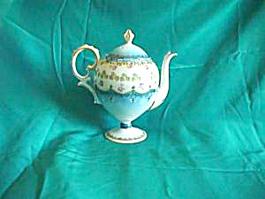 RS PRUSSIA (mold 601) Eggshaped Teapot (Image1)