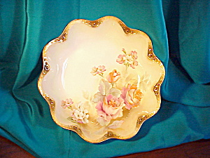 PRISTINE RS PRUSSIA JEWEL  SCALLOPED LG BOWL (Image1)