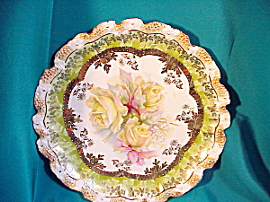 RS PRUSSIA STIPPLED FLORAL GOLD TRIMMED PLATE (Image1)