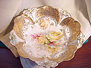 RS PRUSSIA LILY MOLD TEN FOOTED GOLD BOWL (Image1)