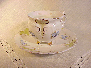 RS PRUSSIA TINY FOOTED CUP AND SAUCER (Image1)