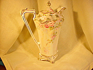 RS PRUSSIA FLEUR DE LIS FOOTED CHOC. POT (Image1)