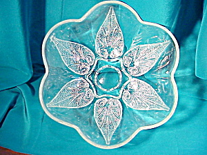 Pressed Glass Petalled Bowl W/leaves
