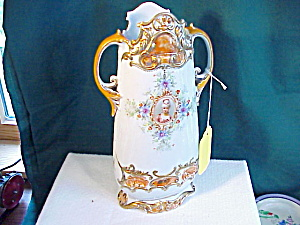 RS PRUSSIA COLONIAL LADY ORNATE VASE (Image1)