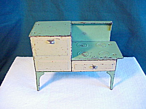 OLD TIN TOY STOVE - (Image1)