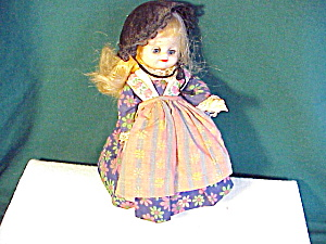 SWEET VINYL DOLL IN GERMAN OUTFIT (Image1)