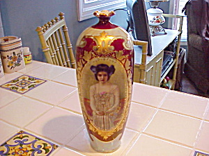 Rs Prussia Portrait Vase/lots Of Gold