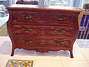 Childs Dresser With Carvings/salesmen's Sampl