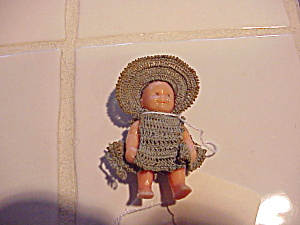 TINY CELLULOID DOLL (Image1)