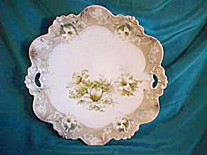 RS PRUSSIA (RED MARK) OPEN HANDLED PLATE W/EASTER LILIES (Image1)