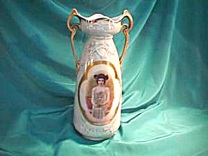 "RS PRUSSIA (ES) 13"" TWO HANDLED VASE W/PORTRAIT (Image1)"