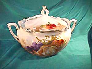 RS PRUSSIA (UM) BISCUIT JAR WITH FRUIT MOTIF (Image1)