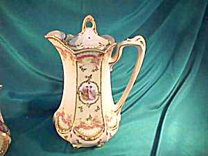 RS PRUSSIA (RED MARK) CHOCOLATE POT W/COLONIAL LOVERS (Image1)
