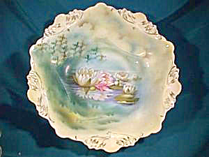 RS PRUSSIA (RED MARK)  REFLECTED WATER LILY BOWL (Image1)