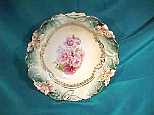 RS PRUSSIA CARNATION MOLD BERRY BOWLS (Image1)