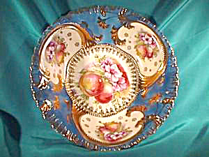 RS PRUSSIA(OS)HEAVY GOLD BOWL W/FRUIT & FLRS (Image1)